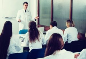 Read more about the article AIIMS Rishikesh Recruitment 2021: 6 New AYUSH Medical Officer and Senior Medical Officer Vacancy Apply Now!!